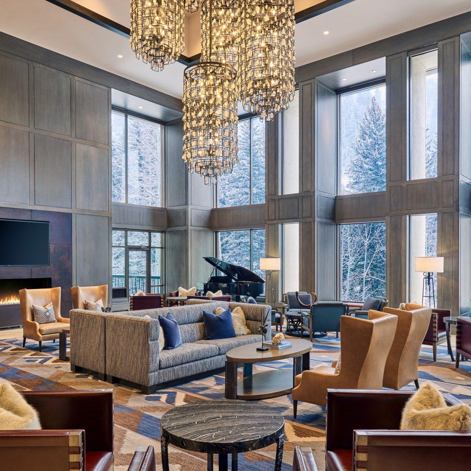 Lobby living room restaurant daylighting