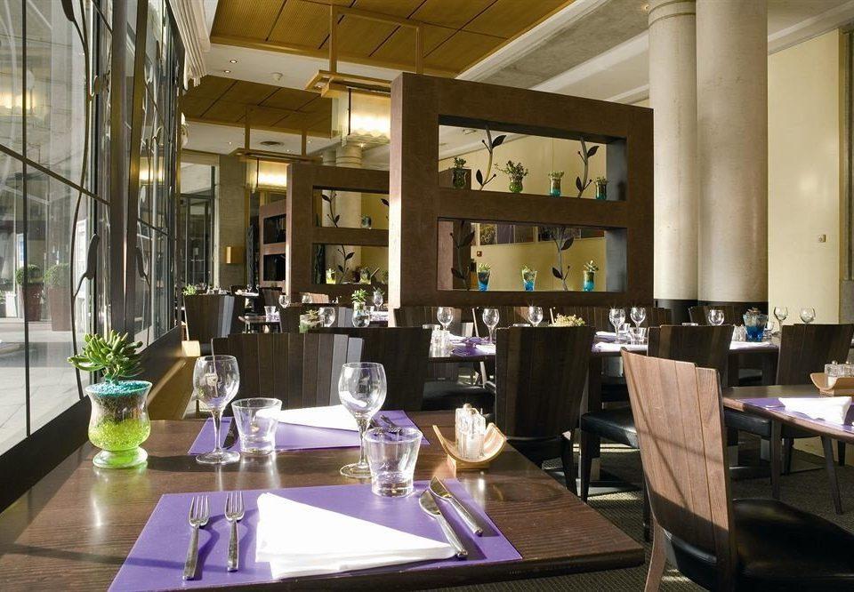 restaurant function hall Lobby dining table