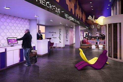 purple Lobby exhibition retail