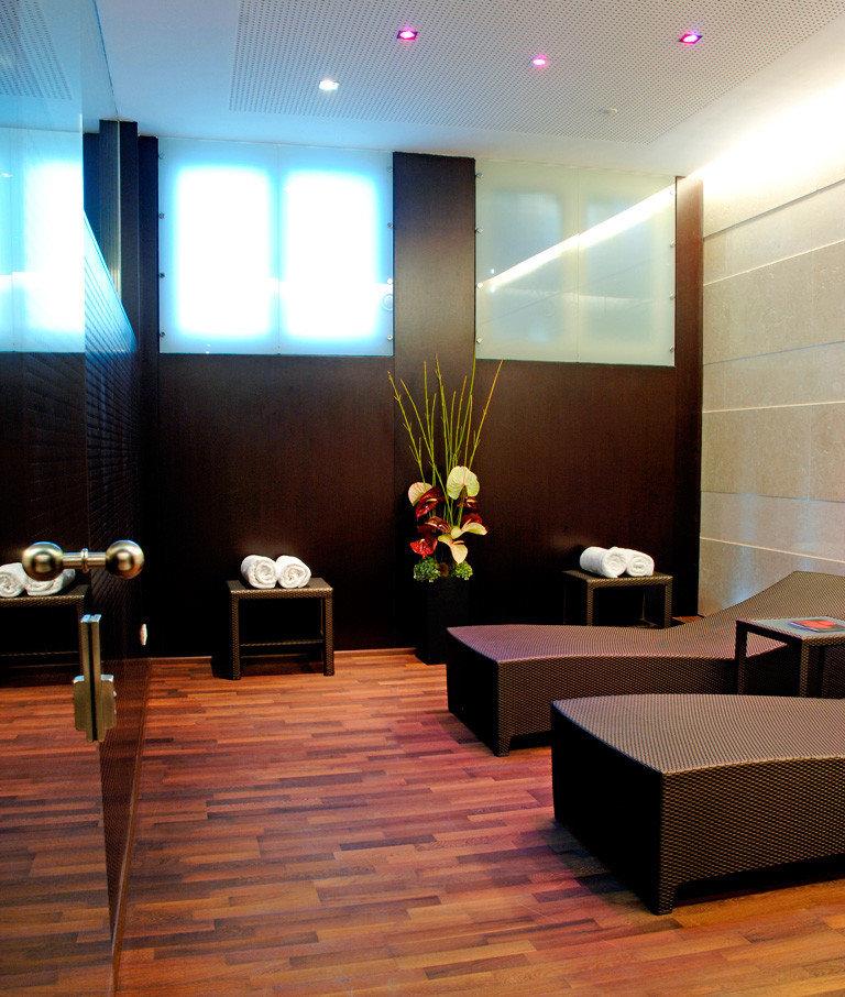 Lobby lighting flooring function hall living room