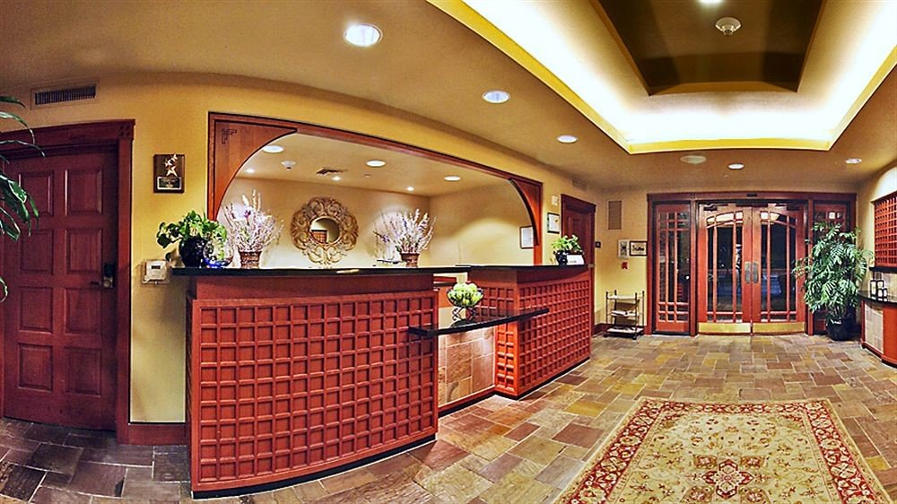 Lobby property recreation room mansion home flooring hall