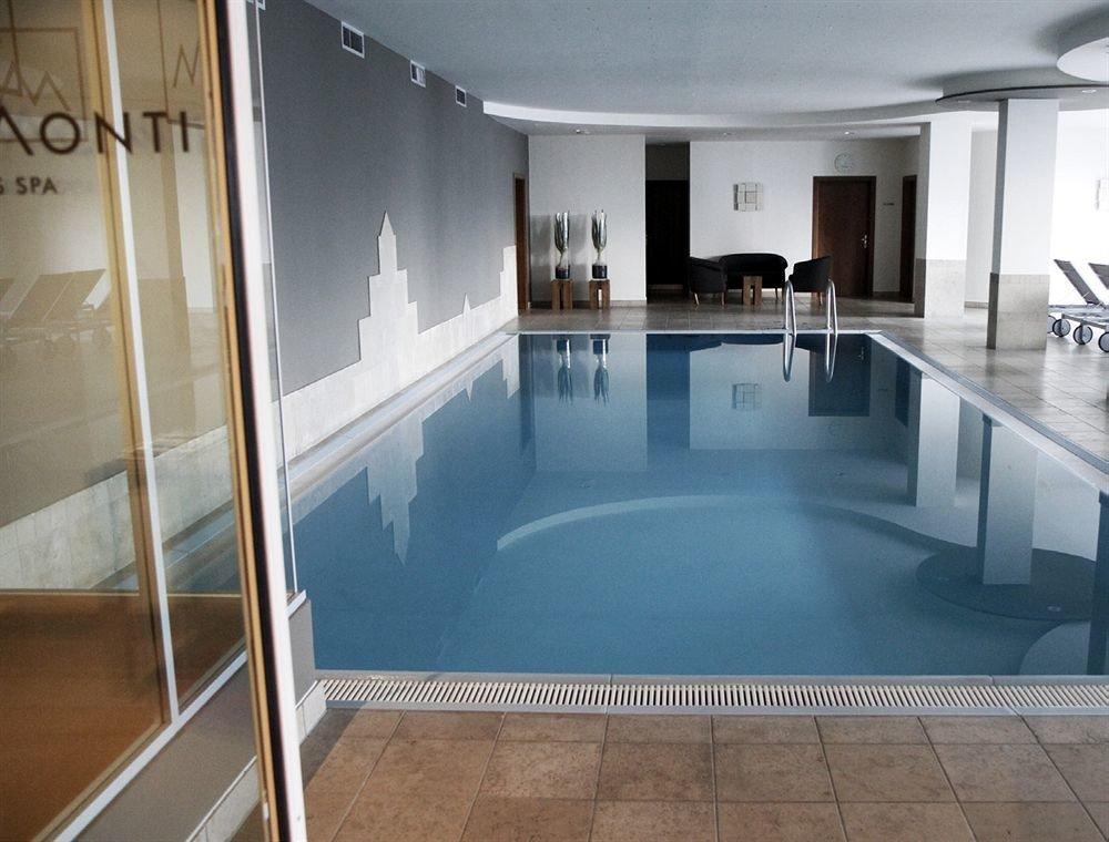 property swimming pool flooring Lobby mansion