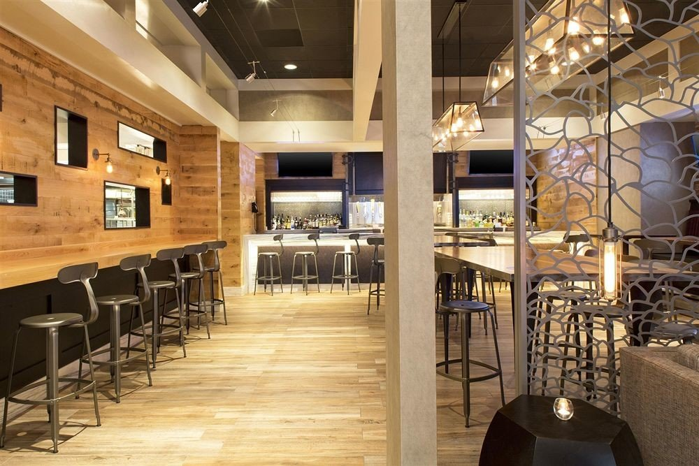 Lobby restaurant flooring