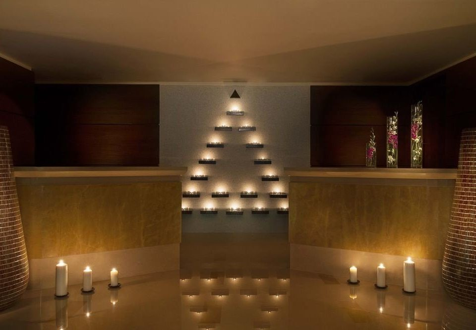 Lobby light lighting lit function hall