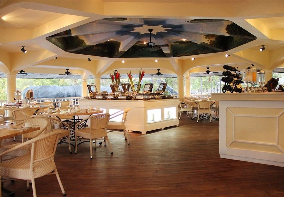 Lobby function hall restaurant recreation room