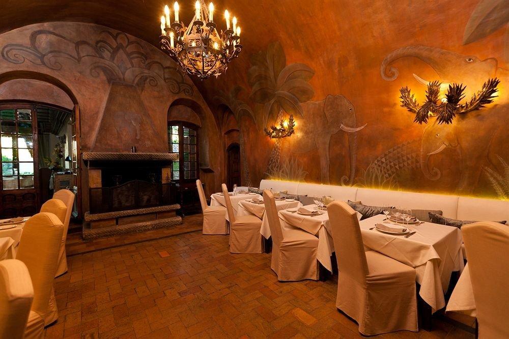 restaurant function hall Lobby