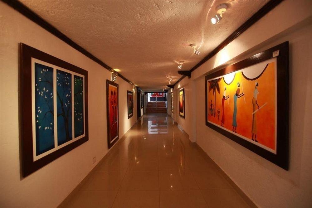 gallery scene tourist attraction Lobby
