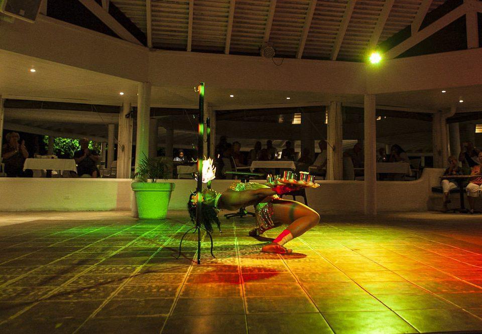 night green Lobby