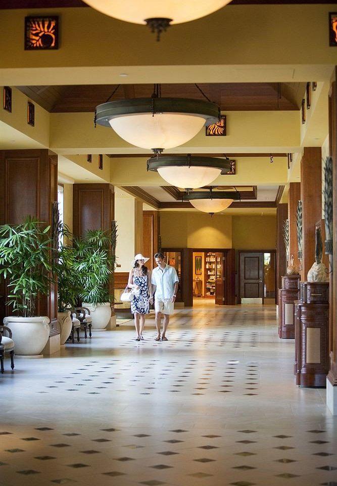 Lobby restaurant hall