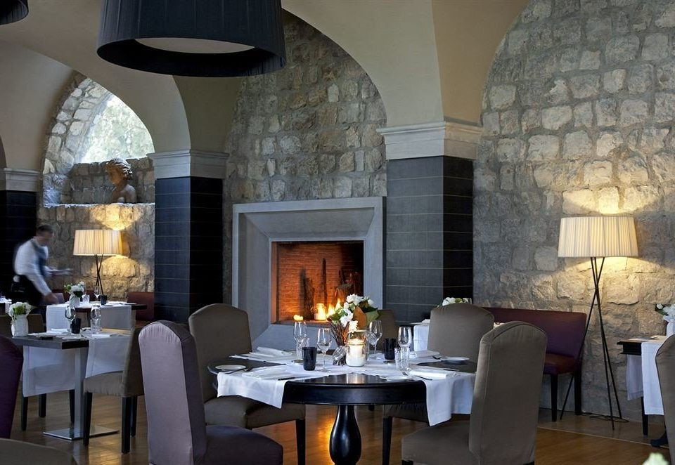 property restaurant living room lighting Lobby hearth stone