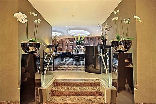 property home Lobby restaurant mansion leather