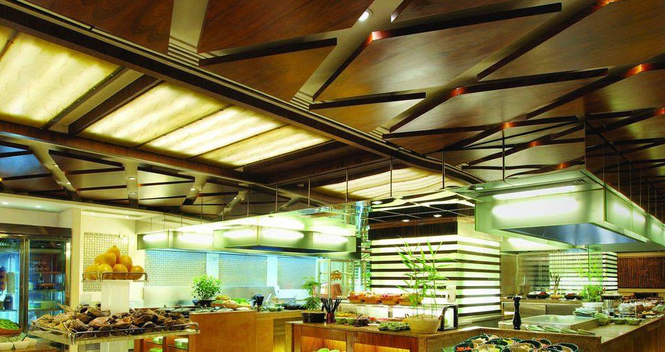 restaurant Lobby lighting lots