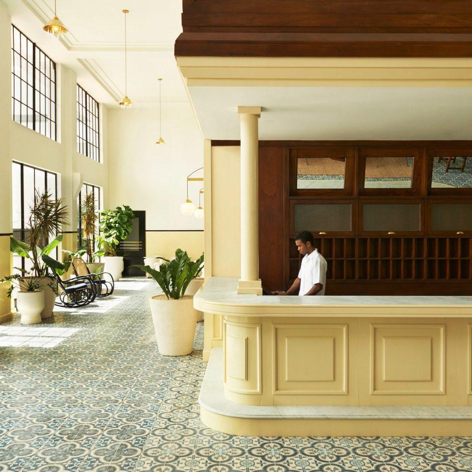 Lobby Lounge property home living room hardwood flooring wood flooring mansion molding hall