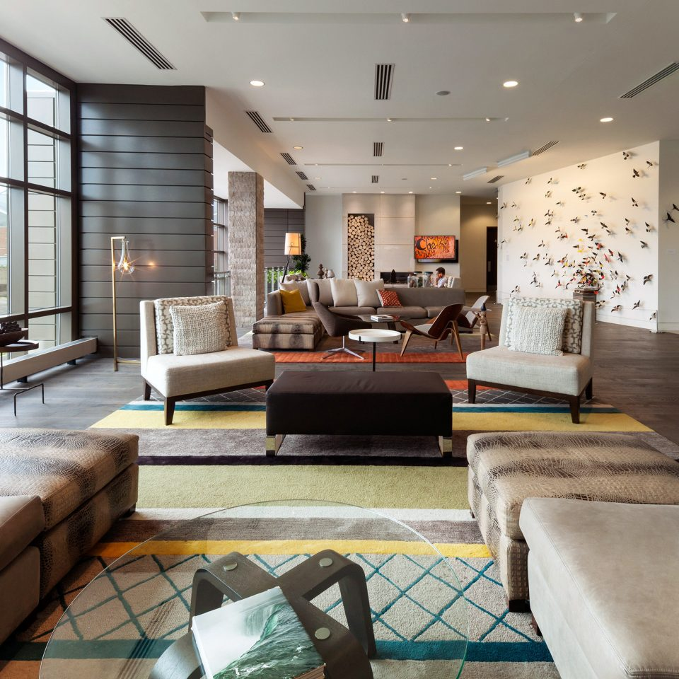 The alexander indianapolis in jetsetter - The living room lounge indianapolis ...