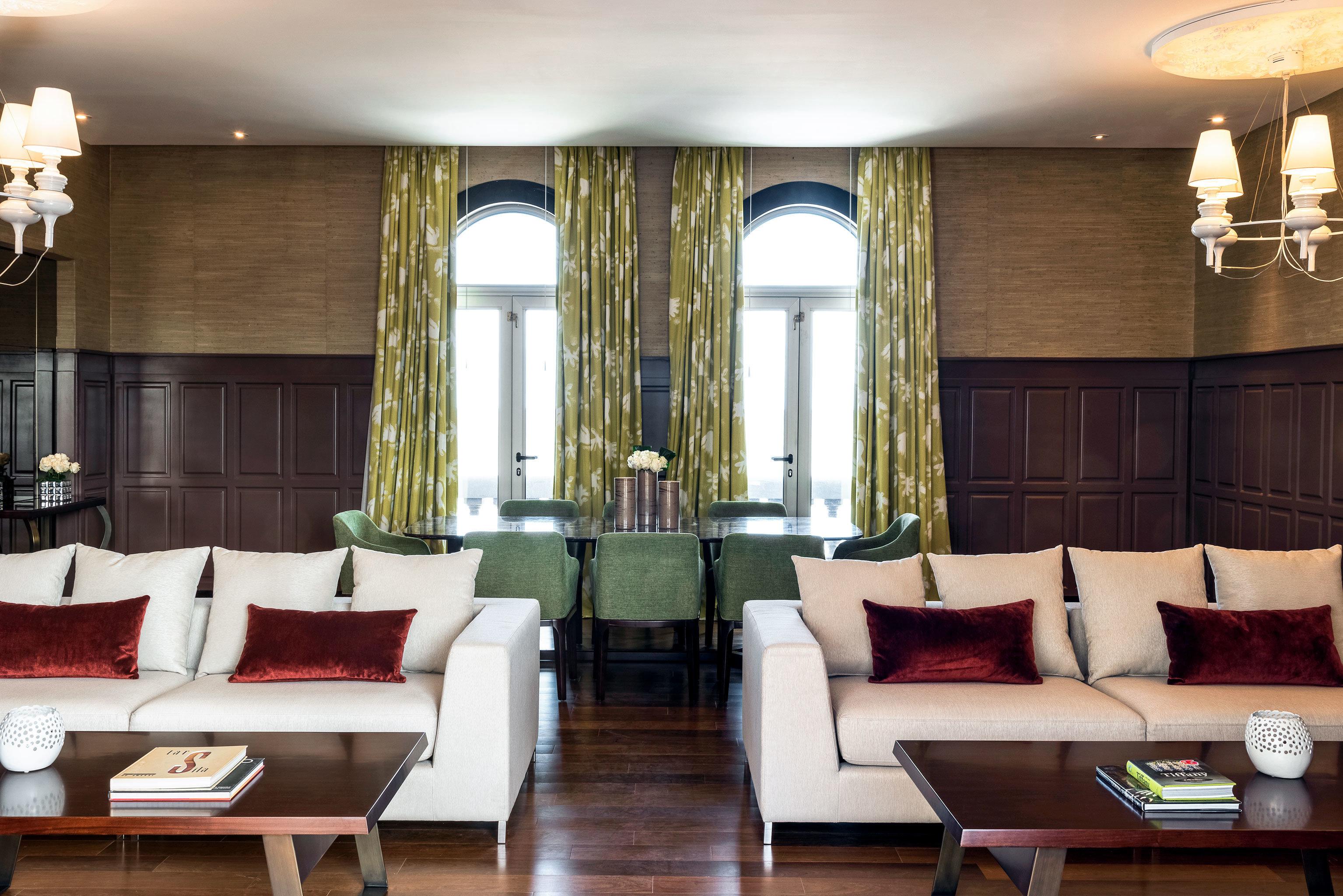 Lounge Luxury Resort sofa property living room Suite home Lobby restaurant condominium seat leather