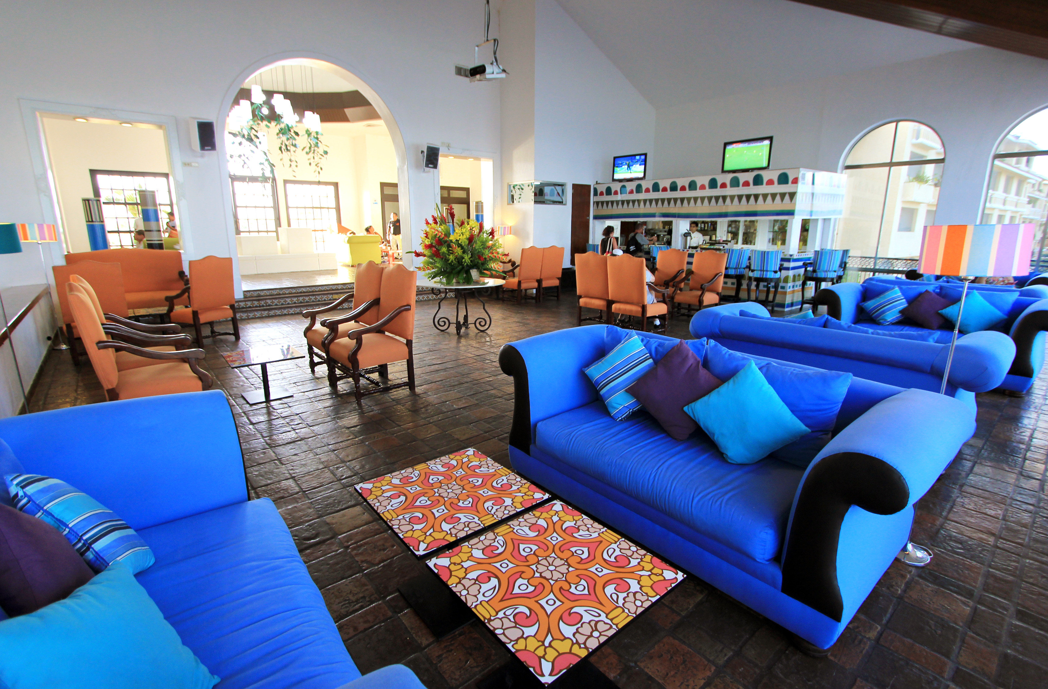 Lobby Lounge Luxury Tropical leisure property living room Resort home Villa condominium Suite blue rug