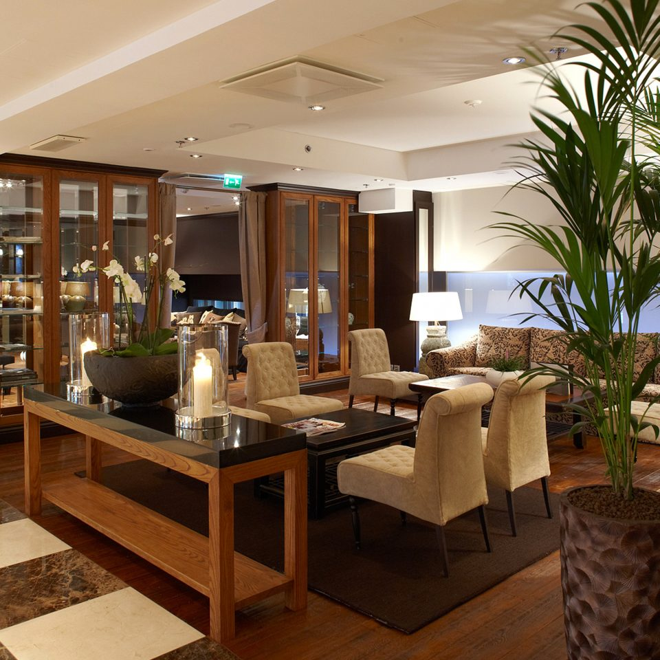 Lobby Lounge Modern property living room home condominium lighting Villa Suite mansion Resort dining table
