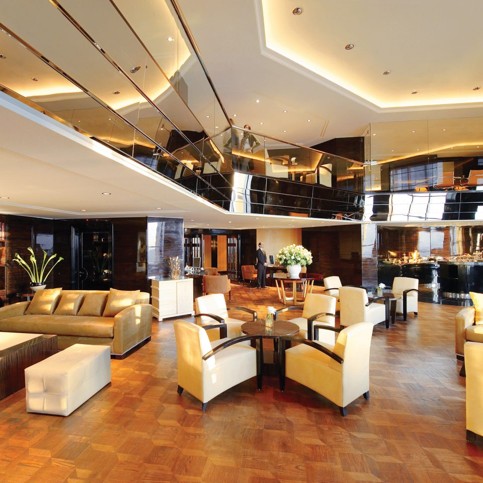 Lobby Lounge Modern yacht restaurant