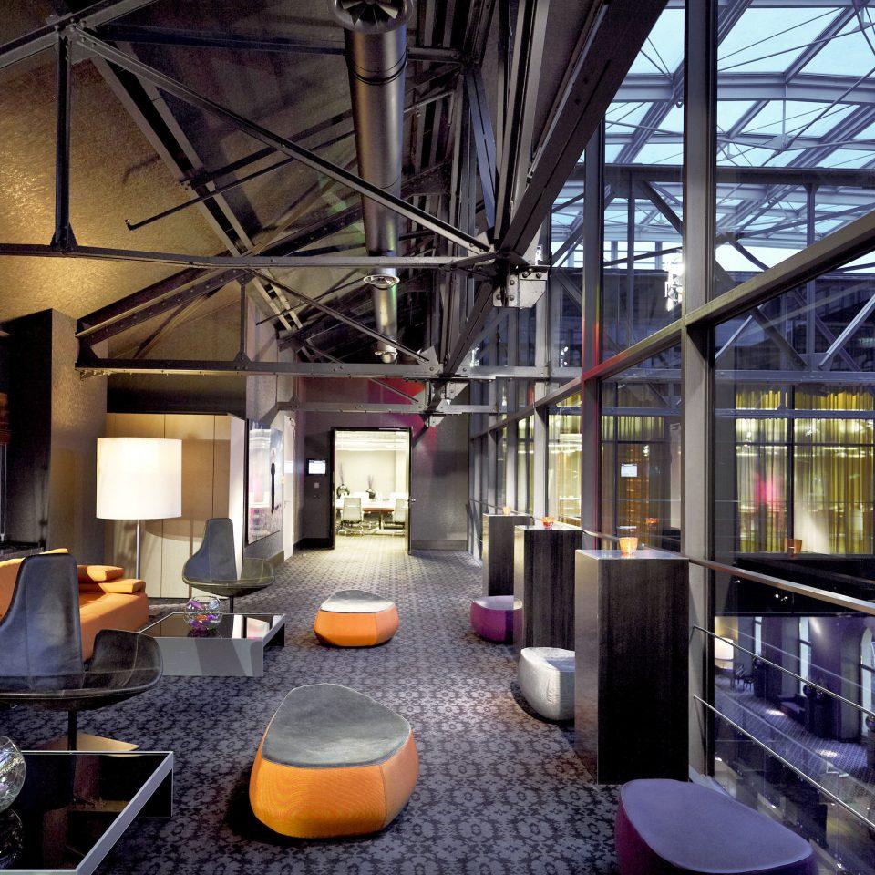 Lobby Lounge Modern vehicle restaurant