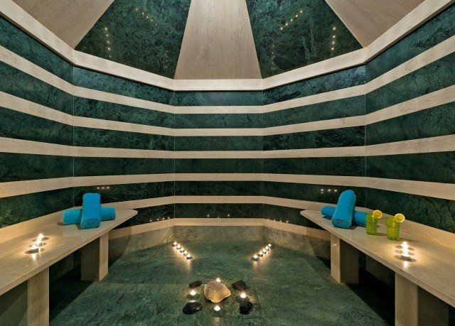 swimming pool mansion thermae Lobby