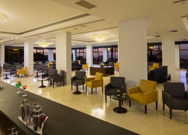 Lobby restaurant cafeteria food court café Modern