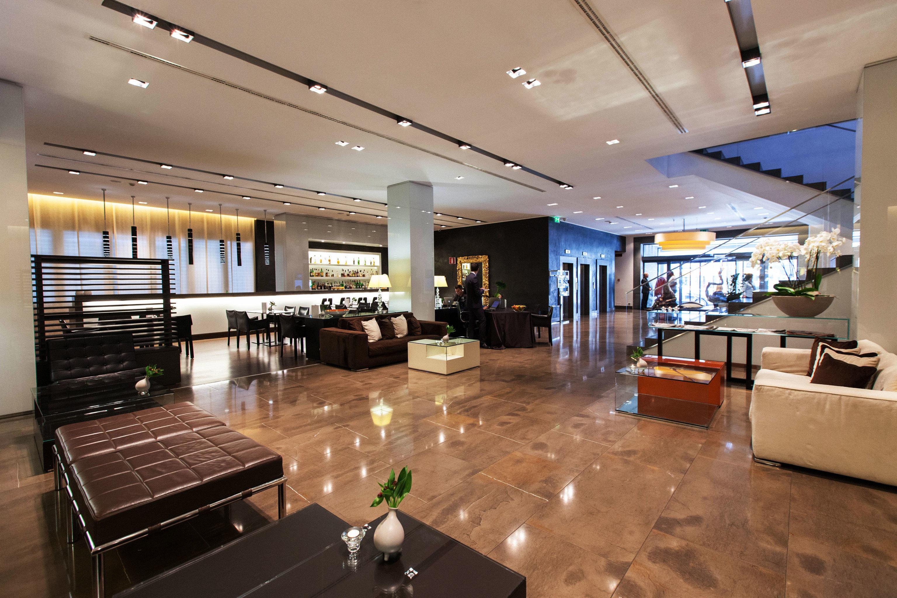 Lobby property recreation room condominium convention center headquarters shopping mall Modern