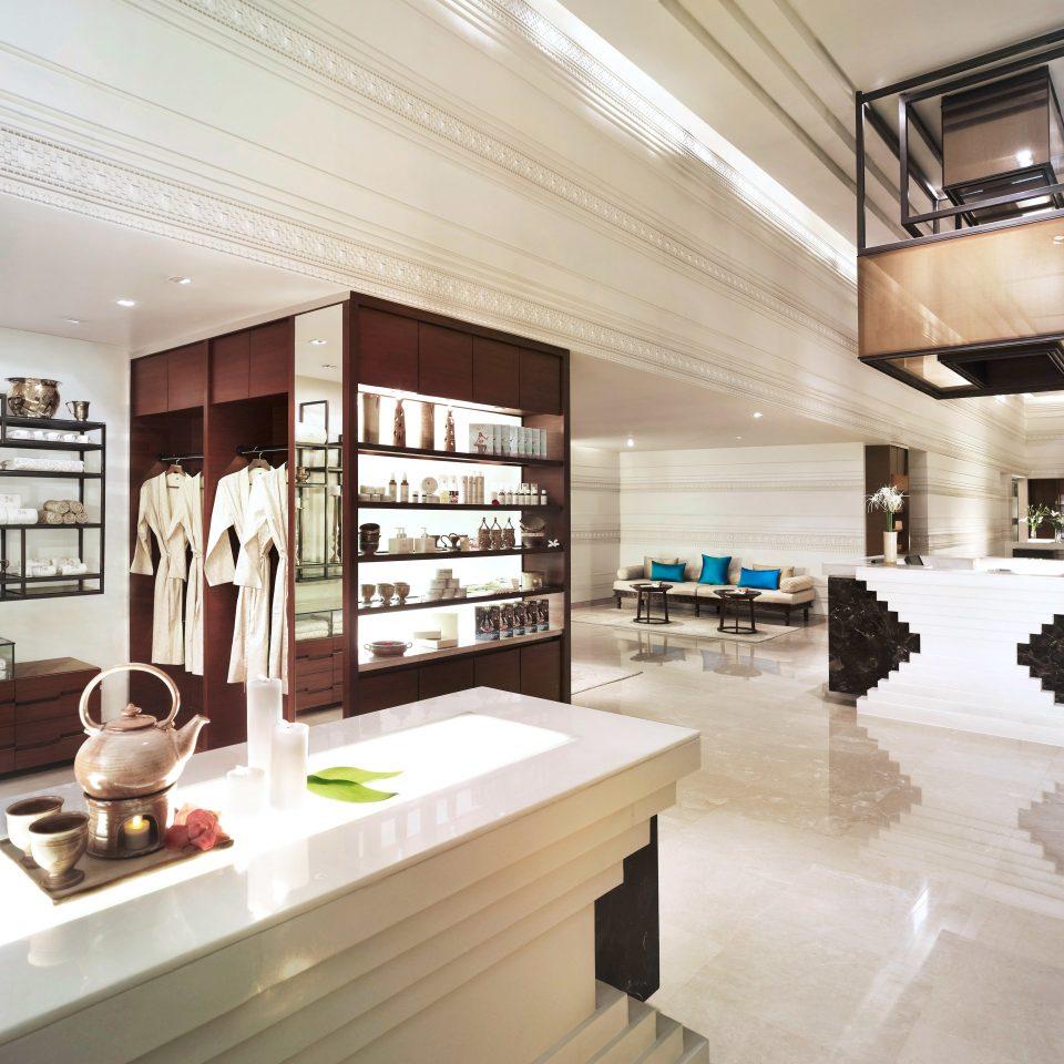 Lobby Modern property home condominium lighting living room headquarters professional loft