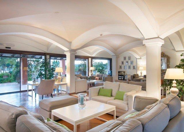 sofa property condominium living room home Villa mansion yacht daylighting Resort Lobby Modern