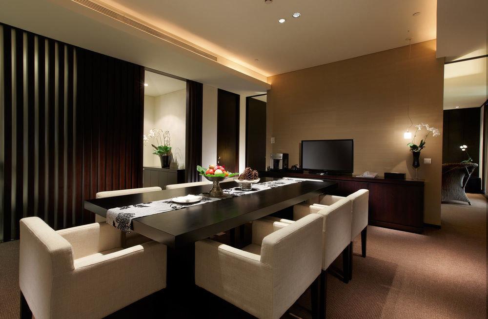 property Suite condominium restaurant living room Lobby Modern flat