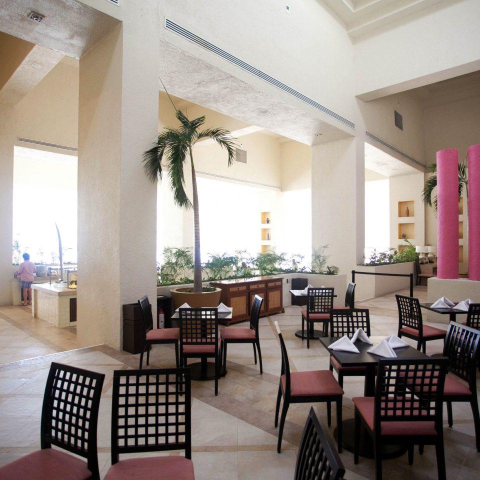 chair property building Lobby restaurant Villa Modern dining table