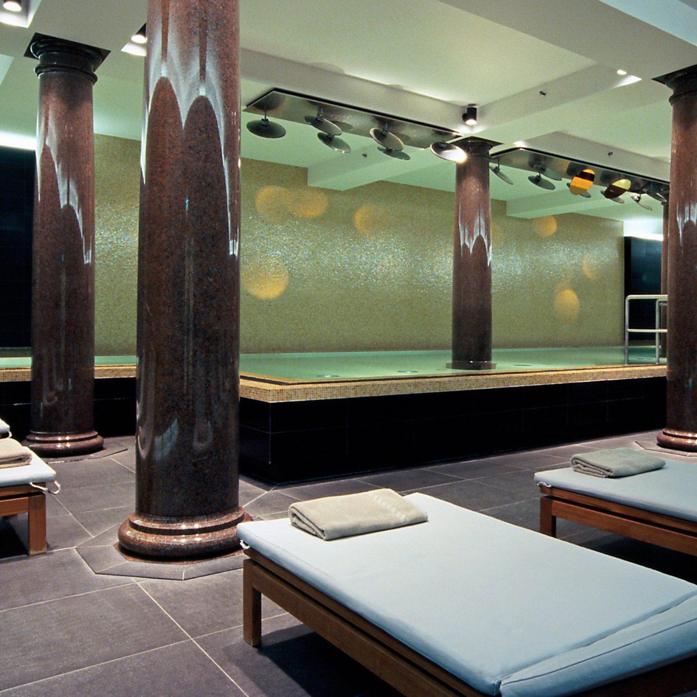 Pool Spa sport venue Lobby recreation room Suite living room