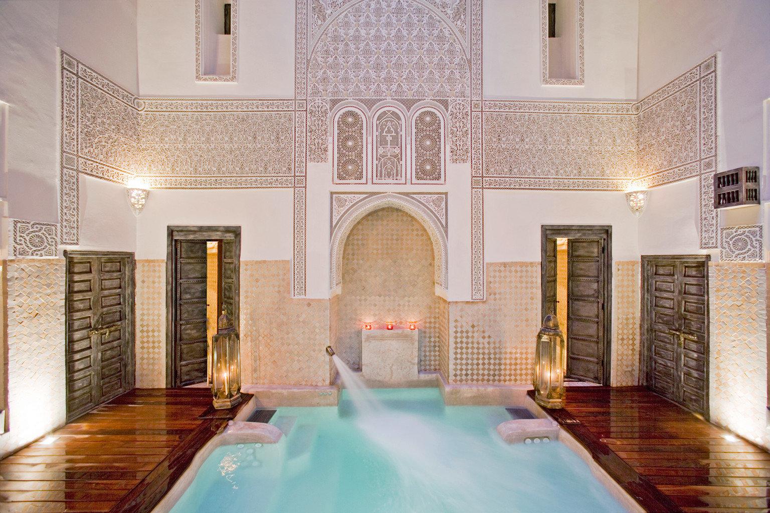 Pool Spa Wellness property mansion swimming pool Lobby palace Villa flooring