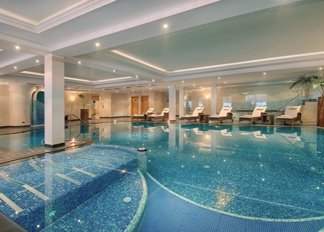 swimming pool property leisure centre condominium Resort convention center Lobby mansion thermae