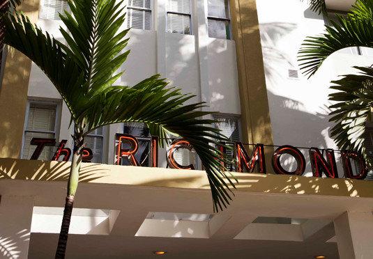 Lobby condominium home lighting restaurant tree plant palm Resort dining table