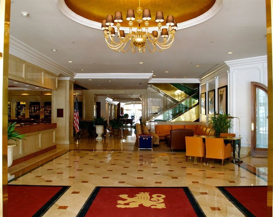 Lobby property Resort function hall home mansion recreation room living room condominium restaurant palace