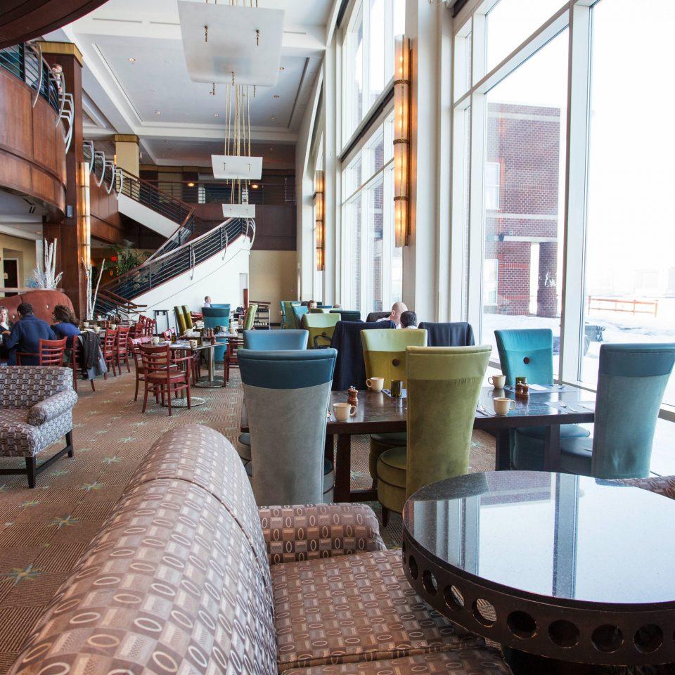 property restaurant Resort home Lobby condominium living room