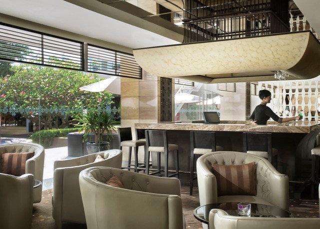 property condominium restaurant Lobby home living room Resort