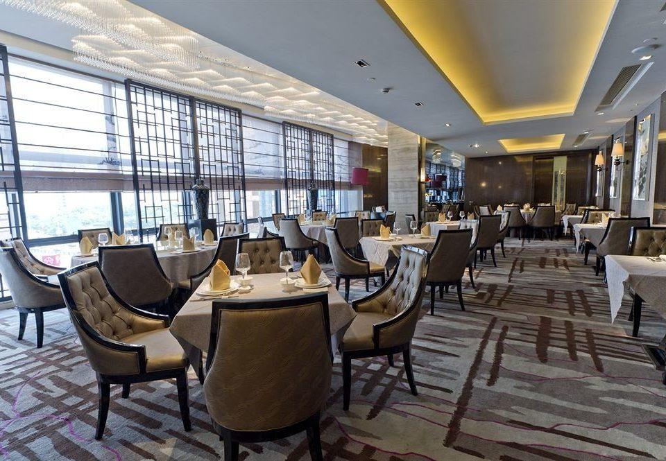 Lobby property restaurant Resort convention center function hall