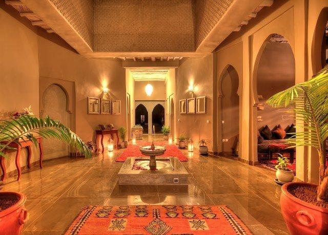 Lobby mansion palace hacienda function hall Resort living room