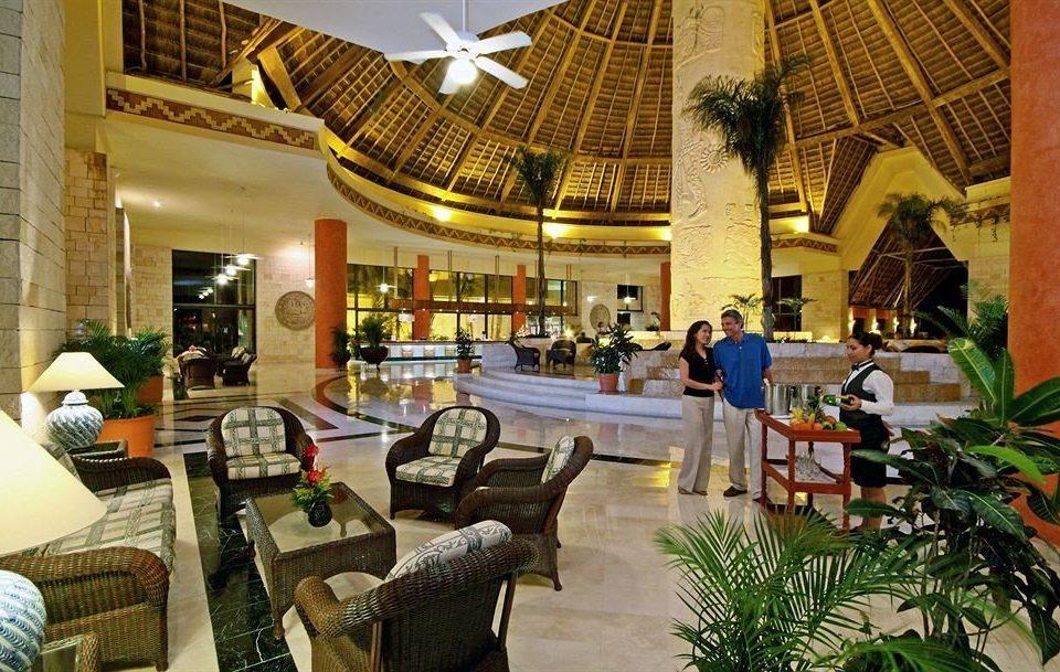 Lobby Resort palace restaurant