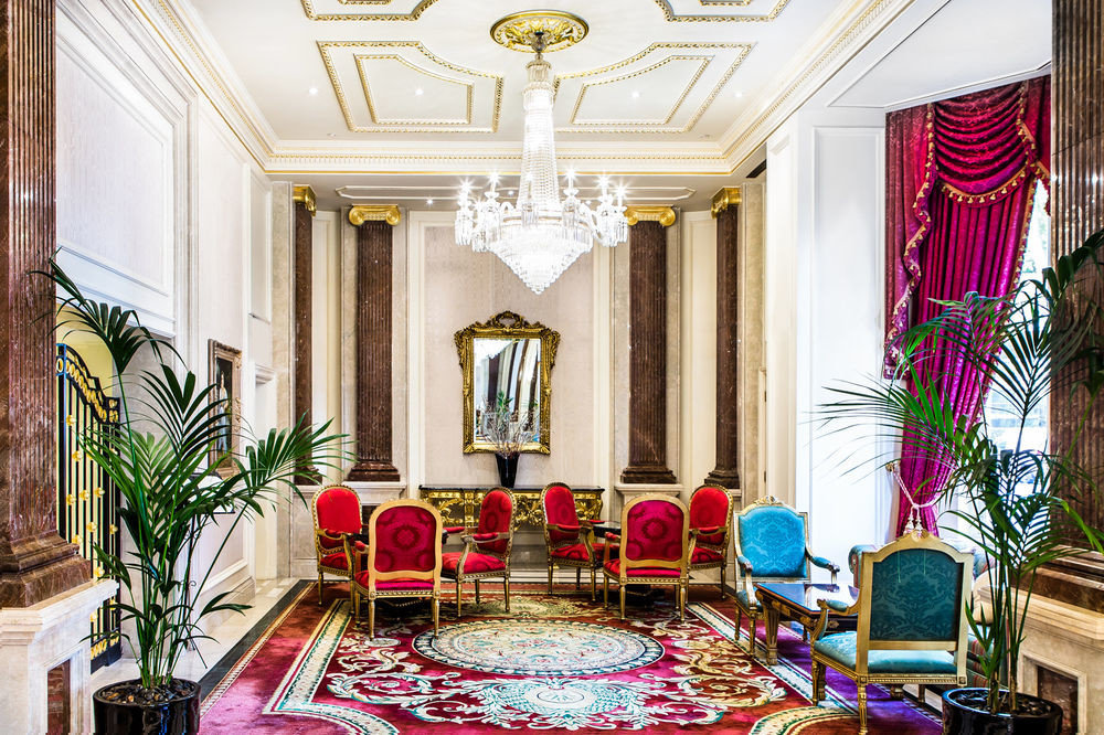 property Lobby mansion palace home living room function hall ballroom Resort Suite
