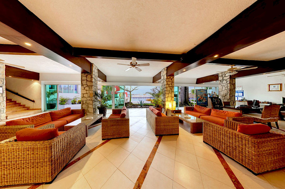 property Lobby Resort Suite restaurant living room function hall