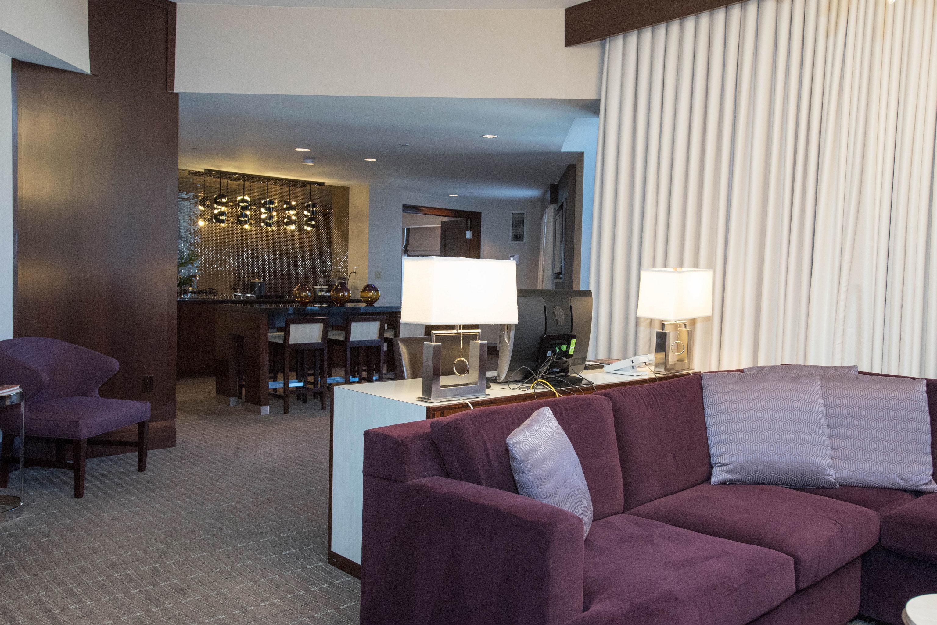 chair property living room Lobby Suite condominium home Villa Resort