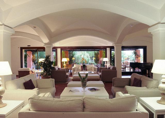 sofa living room property Lobby home Villa condominium mansion Suite Resort