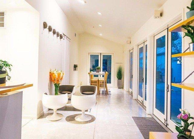 property building condominium Villa home Resort Lobby living room counter Suite mansion hacienda