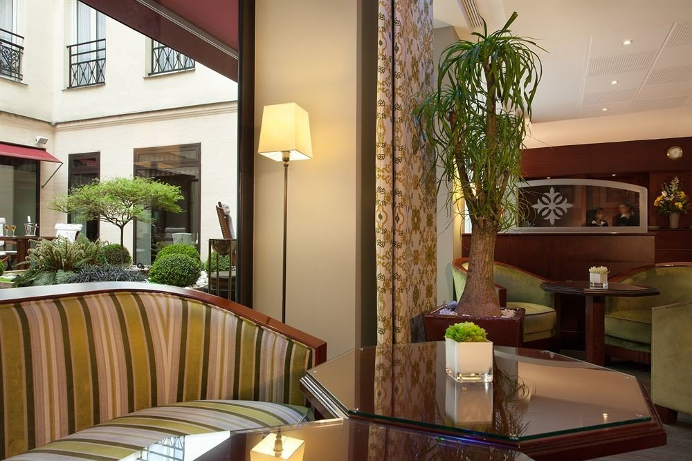 property home condominium Resort restaurant Suite Villa Lobby living room cottage mansion