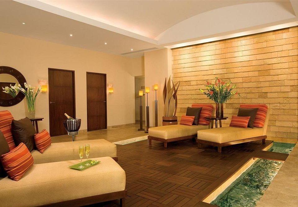 property Lobby living room condominium Suite home Villa Resort
