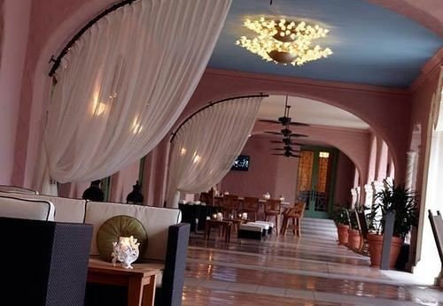 property Resort function hall restaurant curtain Suite Villa mansion Lobby