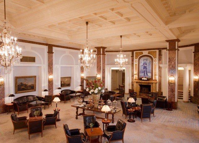 chair Lobby property filled palace mansion function hall living room lots Resort ballroom restaurant Villa