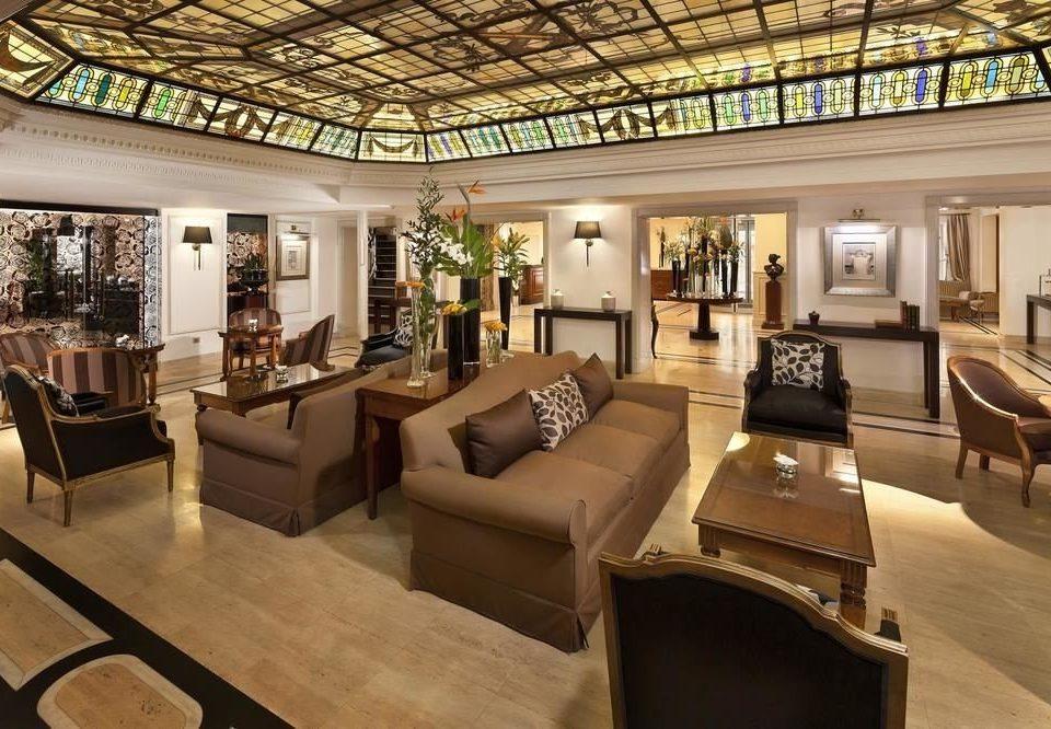 sofa Lobby property living room recreation room home mansion condominium Villa Resort
